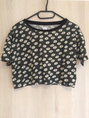 süßes cropped shirt mit Gänseblümchen