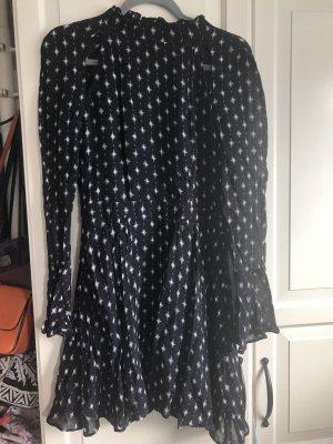 ** Süßes H&M Kleid mit Schulter CutOuts und tiefem Rückenausschnitt **