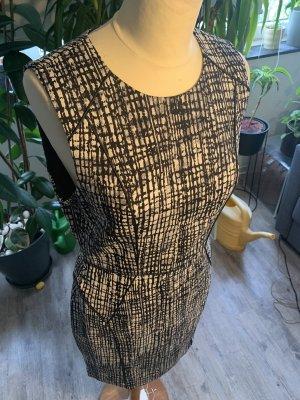 Süßes H&M Minikleid schwarz weiß toller Rücken