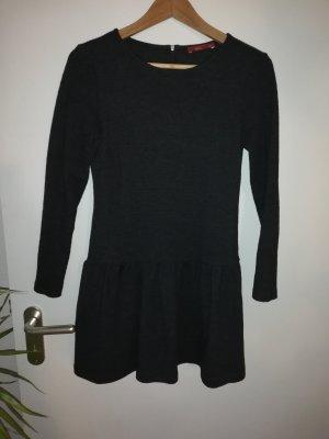 Süßes Jersey Winterkleid von edc in 34