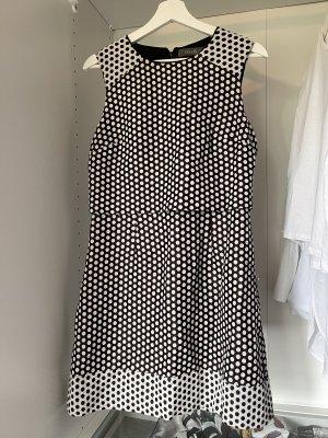 Oasis Vestido de manga corta negro-blanco