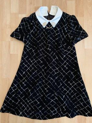 Süßes Kleid für den Alltag