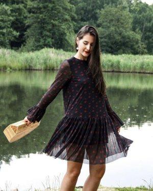 Süßes Kleid mit Kussmund-Print