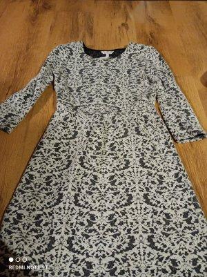 Süßes Kleid von Clockhouse