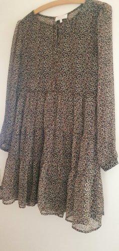 Süßes Kleid von Grace & Mila