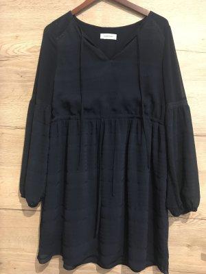 Süßes Kleid von Naf Naf
