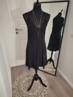 Süßes Kleid von Review