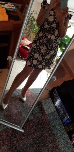 süßes Kleidchen neu ungetragen Gr 38 New Look