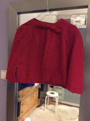 Cape dark red wool