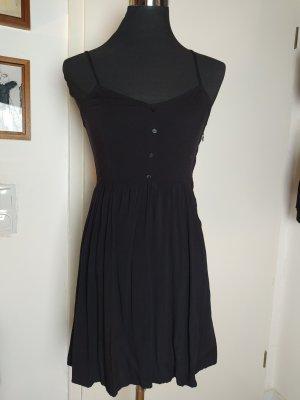 Süßes kurzes H&M Divided Trägerkleid aus Viscose-Jersey, 36