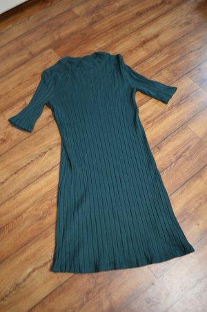 Süßes Rippenstrick-Kleidchen Gr. 38 Idited