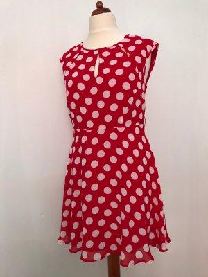 Süßes rotes Sommerkleid mit Polkadots von Bodyflirt