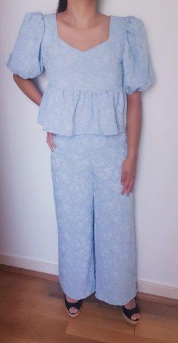 Süßes Set: Peplum Bluse + Wide Leg Hose