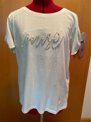 Süßes Shirt mit Perlen