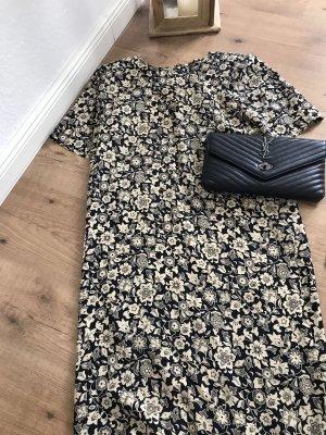 Alisha Vestido línea A negro-crema