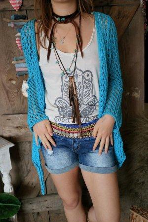 Cardigan en crochet bleu clair-turquoise