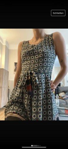 Süßes Sommer Kleid Goldkind
