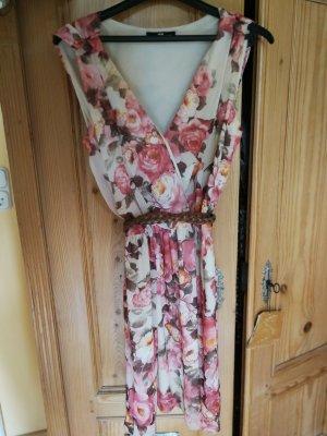 süßes Sommerkleid floral