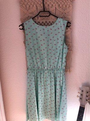 Süßes Sommerkleid mit Melonenprint