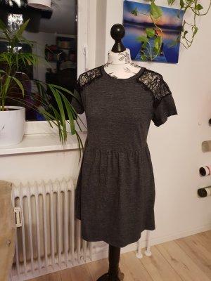 Süßes Sommerkleid, Topshop Petite, 40, dunkelgrau mit Spitze