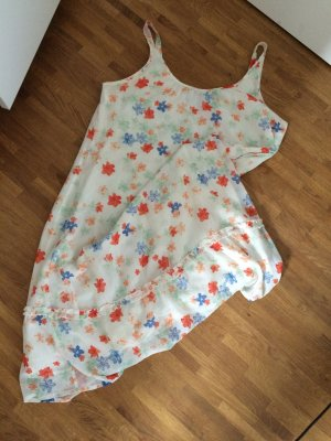 Süßes Sommerkleid von WESC