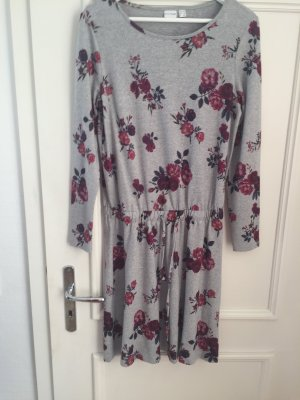 BODY FLIRT Robe en maille tricotées gris clair-bordeau