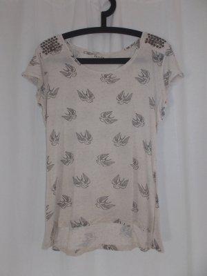Süßes Tshirt von Review mit Vogelprint