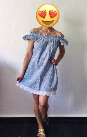 Süßes ZARA Off-Shoulder Kleid gestreift mit Rüschen