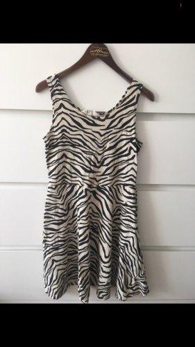 süßes zebra kleid