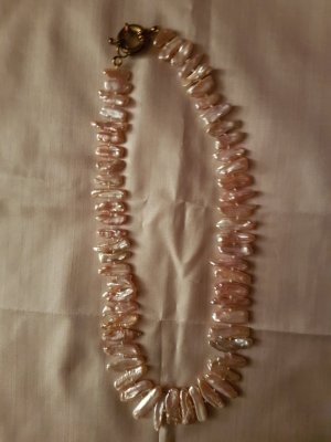 Collana di perle crema-rosa pallido