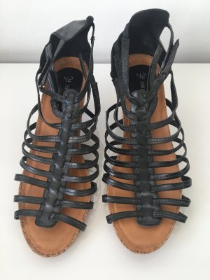 sun&shadow Strapped High-Heeled Sandals anthracite