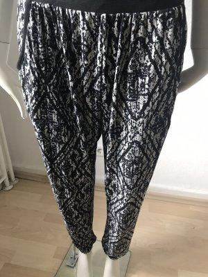 QED London Pantalón estilo Harem blanco-negro