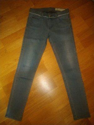 Super coole Jeans Diesel W26 L32 Slandy-Ankle-W