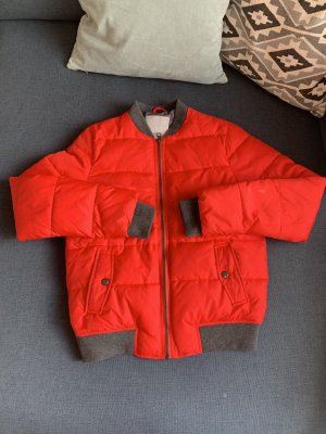 Super coole warme Bomberjacke von YAYA in rot