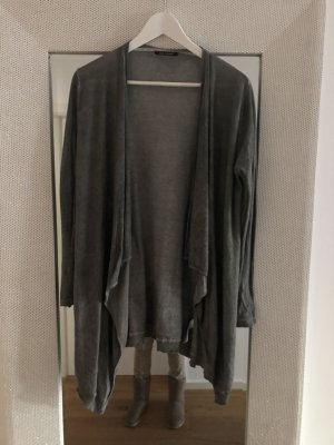 Super leichte lange Strickjacke