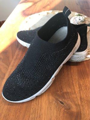0039 Italy Slip-on Sneakers black