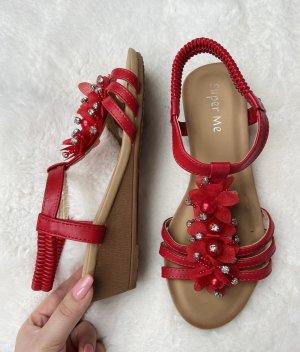 Super Me Platform Sandals red
