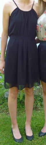 Super schickes schwarzes Kleid von Object