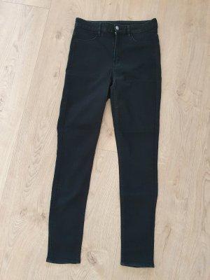 Super schöne schwarze Skinny Jeans High Waist aus angenehm dünnem und stretchigem Stoff