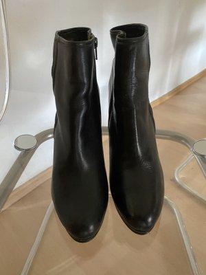Super schöne Schwarze Stiefelletten neu und ungetragen