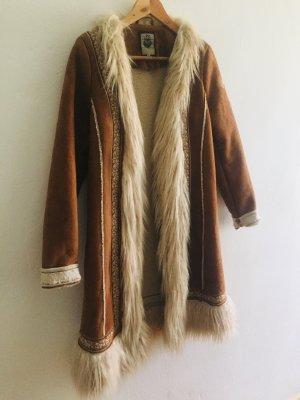 my mo Cappotto in eco pelliccia marrone-bianco