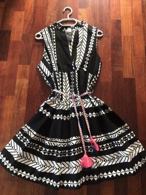Sukienka boho czarny-biały