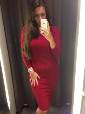 Super sexy rotes warmes Kleid
