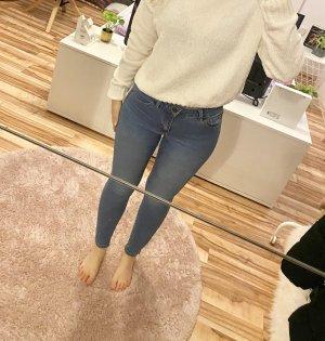 Super Skinny mid waist