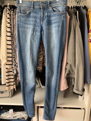 H&M Divided Jeans elasticizzati azzurro-blu pallido