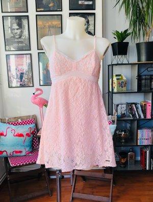 Abercrombie & Fitch Vestido de encaje rosa claro-rosa