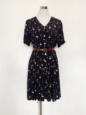 Super süßes vintage Kleid mit Blümchen
