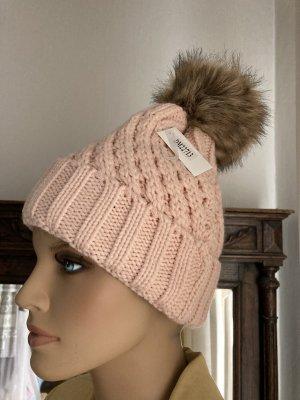 Cappello a maglia rosa