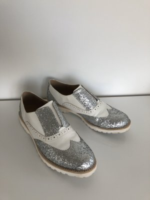 Wingtip Shoes white-silver-colored