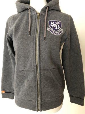 Superdry: gemütlicher Sweater